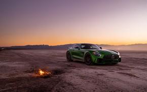 Picture design, green, desert, the evening, Mercedes GTR
