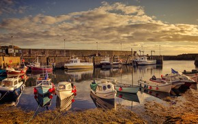 Picture England, boats, harbour