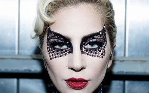 Picture singer, Lady Gaga, shocking