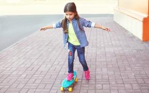 Picture street, child, jeans, hands, girl, shirt, walk, Skateboard, skateboard, Little girls