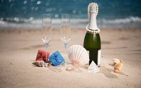 Picture sand, sea, beach, the sun, glare, shore, bottle, glasses, gifts, beads, shell, champagne, ribbons, bokeh, …