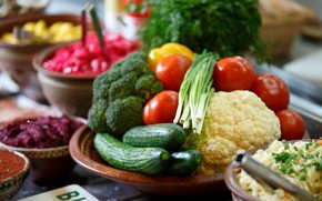 Picture cucumbers, tomatoes, vegetables, broccoli, cabbage, bow