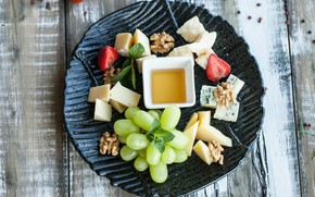 Picture Cheese, Grapes, Cuts