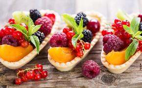 Picture berries, raspberry, blur, peach, currants, BlackBerry, delicious