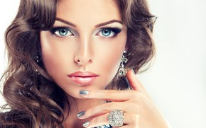 Picture look, face, hand, makeup, ring, hairstyle, blue eyes, gesture, manicure
