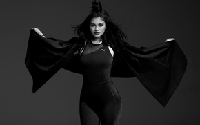 Picture model, black and white, Kylie Jenner