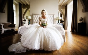 Picture girl, room, bouquet, dress, the bride, Florian Weiler