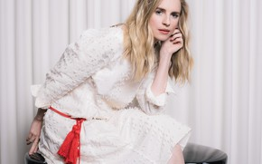 Picture pose, actress, Brit Marling