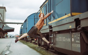 Wallpaper look, girl, model, train, skirt, the situation, jacket, red, redhead, kassio. epia, shaper