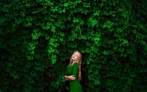 Picture greens, girl, blonde, photographer, Elena, green dress, wild grapes, Lena, in a green dress, Ann …
