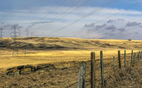 Picture field, the fence, power lines