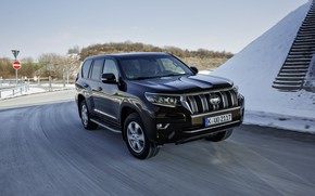 Picture road, the sky, snow, SUV, Toyota, 4x4, Land Cruiser, the five-door