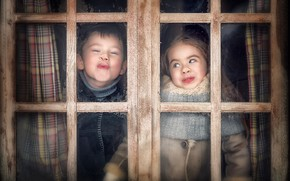 Picture fun, boy, window, girl, faces