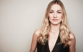 Picture Yvonne Strahovski, Yvonne Strahovski, at the photo shoot for the show, The Handmaid's Tale, The …
