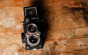 Picture Retro, The camera, Background