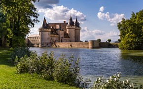 Picture greens, the sky, grass, the sun, clouds, trees, pond, castle, France, the bushes, Sully-sur-Loire, Chateau …