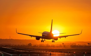 Picture light, sunset, the plane