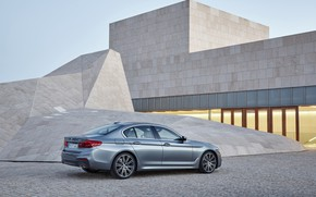 Picture the sky, light, grey, the building, BMW, Parking, architecture, sedan, 540i, 5, M Sport, four-door, ...