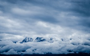Picture clouds, snow, mountains