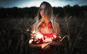 Picture field, grass, girl, the evening, makeup, headphones, Mike, sparks, hairstyle, blonde, red, photoshoot, nature, sparklers, …