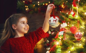 Picture winter, joy, toys, tree, girl, New year, garland, 2018