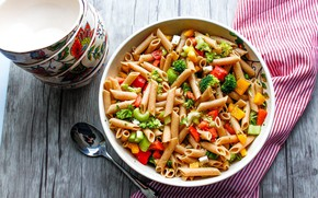 Picture spoon, vegetables, pasta