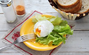 Picture egg, bread, salad, poached