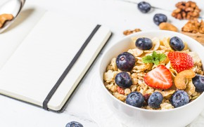 Picture berries, Breakfast, blueberries, strawberry, nuts, muesli