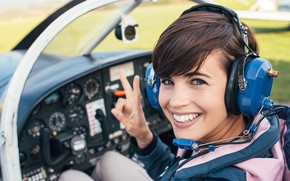 Picture woman, smile, helicopter, pilot