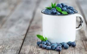 Picture berries, mug, blueberries