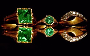 Picture reflection, Wallpaper, Shine, black background, gems, gold jewelry, emeralds