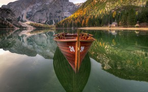 Picture boat, Lake, The Dolomites, Braies
