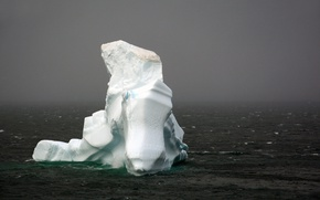 Picture seascape, foggy, iceberg