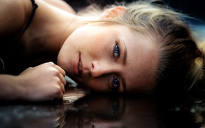 Wallpaper close up, bokeh, strap, lips, water, portrait, looking at camera, model, blonde, Meline Carmona, bare ...