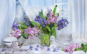 Picture style, figurine, flowers, hyacinths