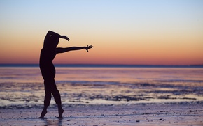 Picture girl, shore, dance, silhouette, Leslie