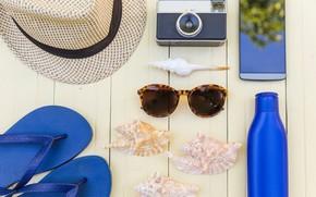 Picture sea, summer, hat, glasses, phone, slates