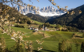 Picture mountains, spring, Southtyrol, Val di Funes