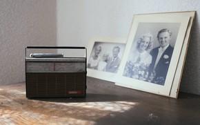 Picture photo, radio, receiver