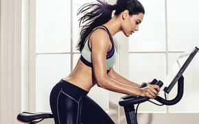 Picture female, fitness, spin class