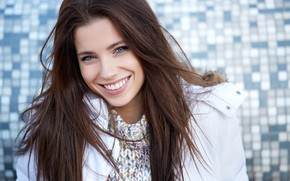 Wallpaper Izabela Magician, girl, smile, brown hair, long hair