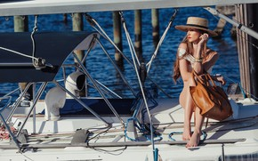 Picture girl, yacht, hat