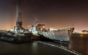 Picture ship, port, scrap