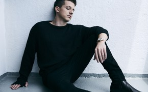 Wallpaper sweater, male, Charlie Puth, photo