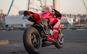 Picture design, motorcycle, Ducati