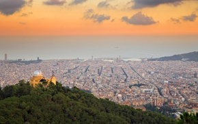 Picture panorama, Spain, Barcelona, the view from the hills of Tibidabo, Observatory Fabra
