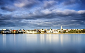 Picture the sky, water, lake, building, Iceland, water surface, Iceland, Reykjavik, Reykjavik, Lake Tjornin, Lake Tjornin