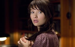 Picture sweetheart, actress, brunette, lips, Emily Browning, Emily Browning, The Uninvited, Uninvited