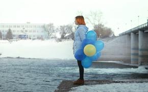 Picture girl, balls, bridge, the city, river