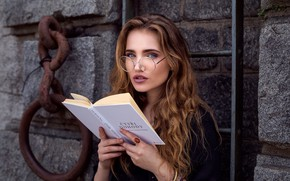 Picture girl, decoration, wall, makeup, glasses, hairstyle, chain, ladder, book, brown hair, beautiful, reads, stone, smart